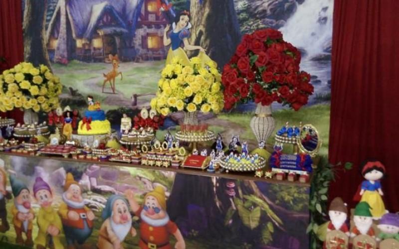 Branca de Neve Realeza Festas - Foto 2