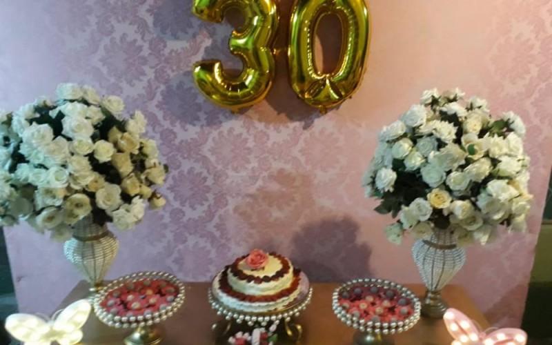 30 anos rosa e dourado - Foto 2