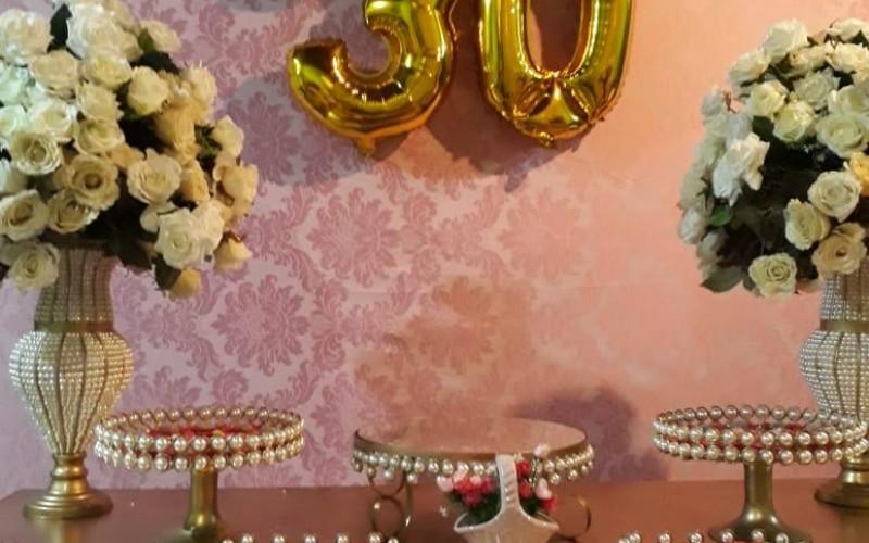 30 anos rosa e dourado - Foto 4