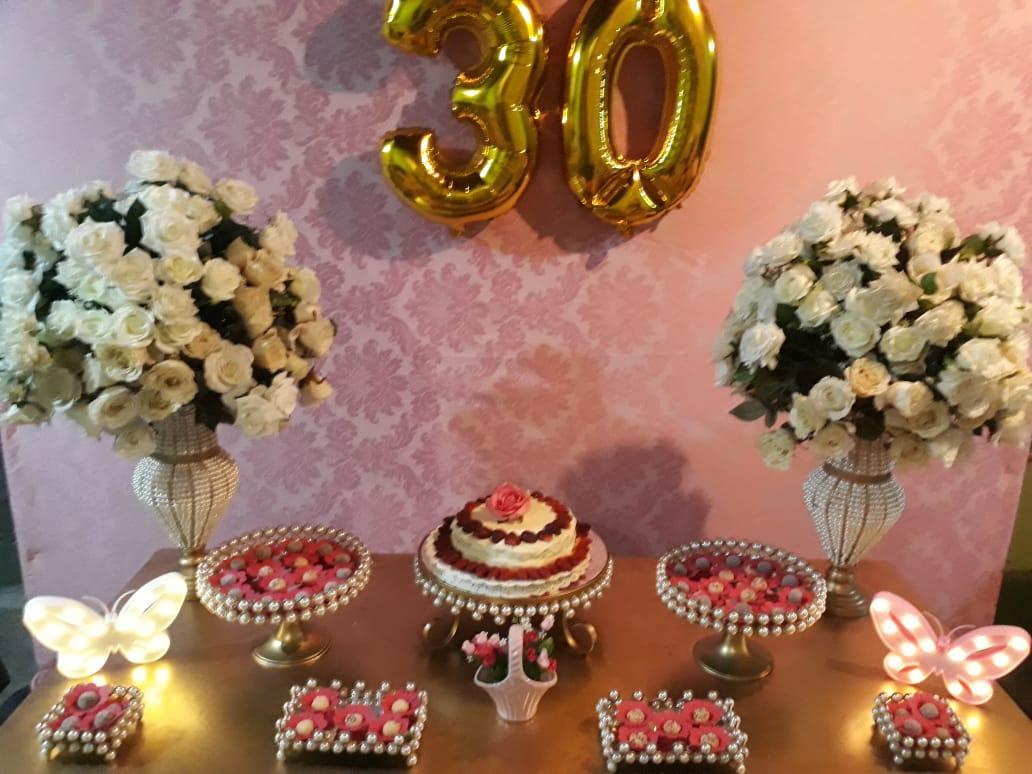 30 anos rosa e dourado